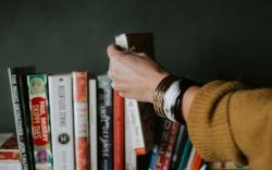 Một cuốn sách xuất sắc có thể nâng tầm thế giới quan người đọc